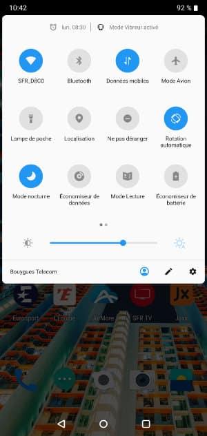 lumière blueue smartphone